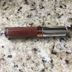 NWOT Anastasia Beverlly Hills Liquid Lipstick Mini